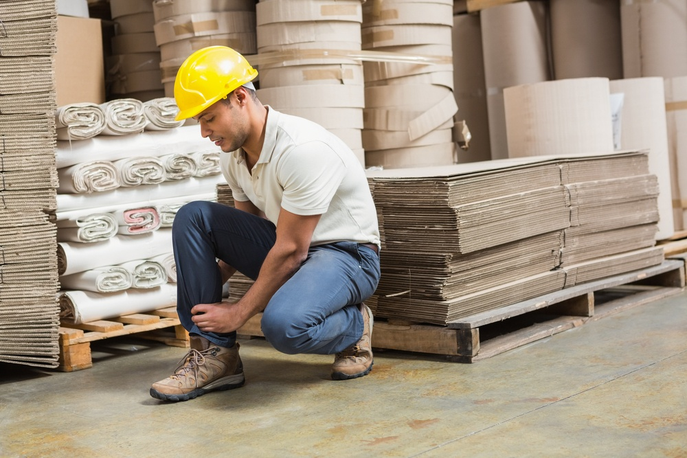 How-to-Avoid-Sprains-and-Strains-in-the-Workplace